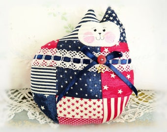 Patriotic Cat Pillow Doll, Cloth Doll 7 inch, U.S.A. Americana July 4, Primitive Soft Sculpture Handmade CharlotteStyle Decorative Folk Art