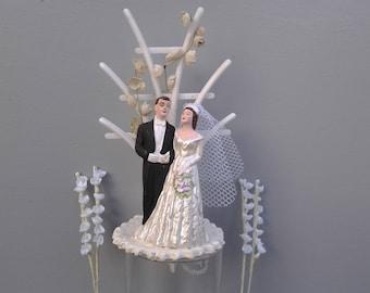 Vintage wedding cake topper - chalkware cake topper - 50's wedding cake topper - bride and groom - bridal shower gift - wedding figurine