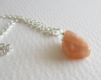 Sunstone gemstone necklace - energy, health, protection