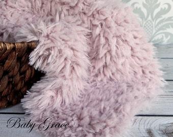 Newborn Photo Prop, Dusty Pink, Faux Fur Fabric, Newborn Faux Fur Flokati, Newborn Photography Backdrop, Basket Stuffer, Faux Fur Prop
