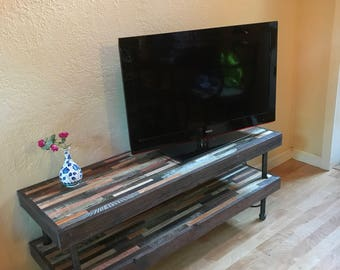 25% OFF - Media Console- TV Stand - Vintage and Modern Reclaimed Wood with Pipe Legs - Media Center - Console Table - Reclaimed Rustic Wood