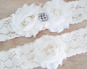 Wedding Garter/ Bridal Garter  / Ivory Lace Garter / Stretch Lace Garter / Lace Garter Belt / Toss Garter / Shabby Garter