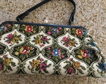 Vintage 1950 purse carpet bag floral tapestry purse single clip closure