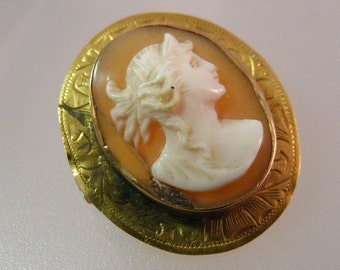 DAMAGED Antique Victorian Greek Goddess Cameo Pin in 10k Gold wear or scrap.....  Lot  5048