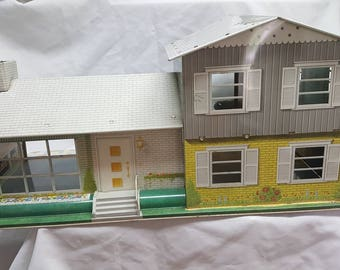 Louis Marx Split Level  Tin Litho Dollhouse Beautiful Half inch Scale home Contemporary