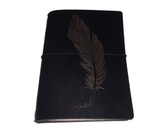 Leather traveler notebook black, leather with engraved feather, passport size, customized engraving also possible, refillable