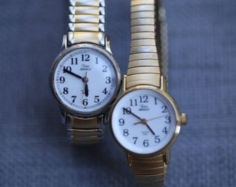Vintage Timex watch lot both working