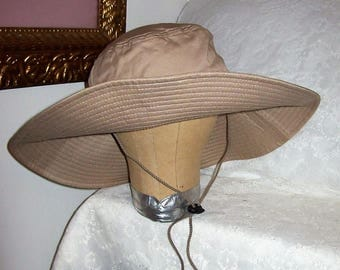 Vintage Tan Extra Wide Brim Sun Hat Bucket Style Boonie Cap One Size Only 6 USD
