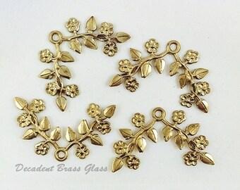 Raw Brass Flower, Flower Spray, Brass Flower, Headpiece Supply, Brass Leaves, Brass Stamping, 35mm x 22mm - 4 pcs. (r320)
