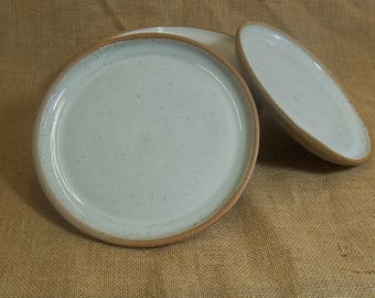 Side plate. With speckled white glaze. 19 cm.