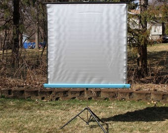 Radiant Projection Screen 48x48 - 4 Foot Screen - Portable Fold-up Screen- Vintage 1970's