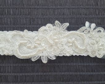 Wedding garter, Ivory lace bridal garter, Embellished floral wedding garter
