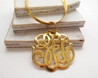 Vintage Polished Gold Victorian Style Monogram Flourish Pendant Chain Necklace