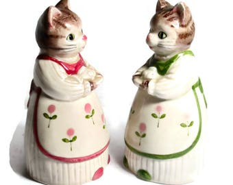 Vintage Otagari Salt and Pepper Mama Cats 1980s