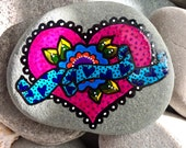 love is the answer / painted rocks / painted stones / heart stones / heart rocks / rock art / hand painted rocks / paperweights / sea stones