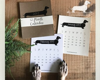 Long Doxie. 2017 Desktop Calendar -- (Vintage-Style, Dog, Dachshund, Weiner Dog, Monthly Calendar, Rustic, Simple, Christmas Gift Under 15)