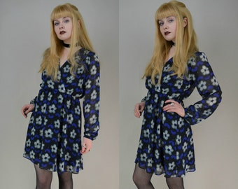 90s Does 70s Blue Floral V Neck Puff Sleeve Babydoll Dress S / M