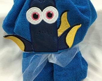 Dory Hooded Towel