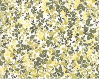 Regent Street Lawn 2016 by Moda - Floral Kew - Ivory - 1/2 Yard Cotton Lawn Fabric 117