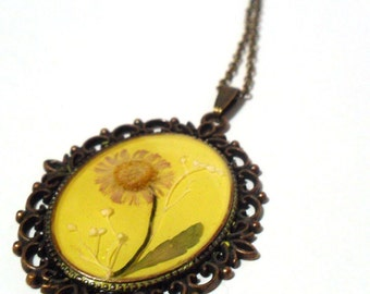 Yellow Daisy Flower Necklace, Landscape Jewelry, Fresh Flower Art Pendant