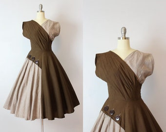 vintage 50s dress / 1950s cotton sundress / two tone brown dress / colorblock dress / big button dress / Double Dipped dress