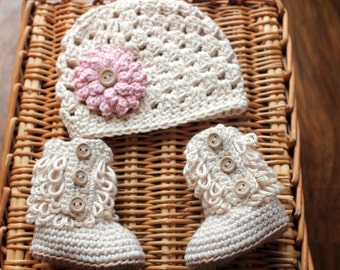 Baby Girl Hat and Booties, Take Me Home Outfit, Newborn Baby Girl Clothes