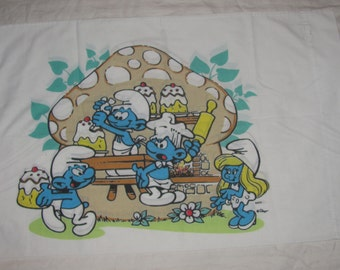 Vintage Peyo Smurfs Standard Size Pillow Case - Smurf Bakery with Cakes, Smurfette- White Background - Made in USA