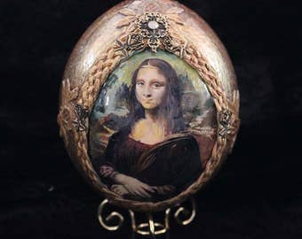 Decorated Easter Egg ,Collectible Ostrich Egg, Hand painted egg, gift for collectors, Mona Lisa Painting Egg, Art on Egg