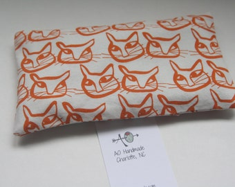 eye pillow, the soother, lavender rice pack, flax seed, hot therapy, cold therapy, aromatherapy, cat
