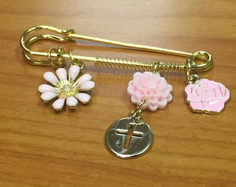 Stroller pin Cross pin Safety Pin Baptizing gift Religious gift Baby gift New Baby Baby Girl