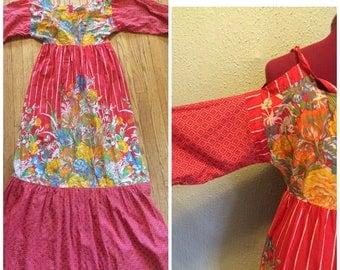 1970s Maxi Dress with cut-out shoulders cotton sz s/m