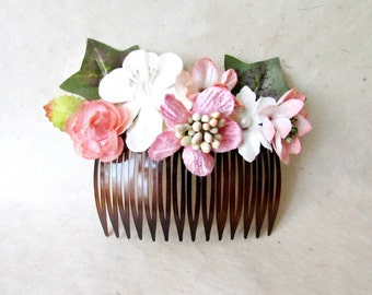 Flower Hair Comb, Wedding Comb, Rose Bridal Comb, Pink Floral Hair Comb, Flower Hair Piece, Woodland Bridal Hair Accessory,  Pink Hair Comb