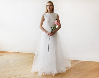 Ivory Tulle and Lace Sleeveless Maxi Bridal Gown 1145