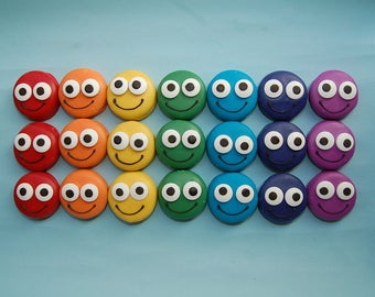 Custom order for Samantha RAINBOW OF SMILES Oreos smiley face