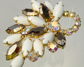 FREE Shipping Vintage Rhinestone White and Gold Tone Aurora Borealis Oil Spill Floral Fower Leaf