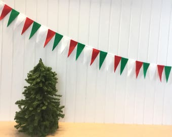 Christmas Green Red & White Garland Bunting Decoration Triangle Pendant Eco-fi Felt Earth Friendly Holiday Birthday Party Child Room