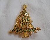 Vintage Christmas Tree Pin-P3108