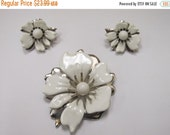 On Sale SARAH COVENTRY 2pc White Enameled Floral Pin and Earring Set Item K # 2091