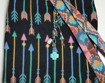 "Crossbody Bag  Reversible ""SANTA FE ARROWS"" Washable Sling Purse Tribal Boho with Keychain / Bagcharm"