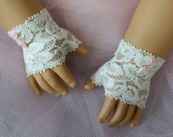 FINGERLESS LACE GLOVES (shorter version) with Pink buttons for American Girl Dolls for Caroline, Regency, Elizabeth