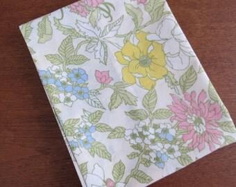 "Vintage Pillowcase - Pastel Yellow Sunflower - 31"" x 20"""
