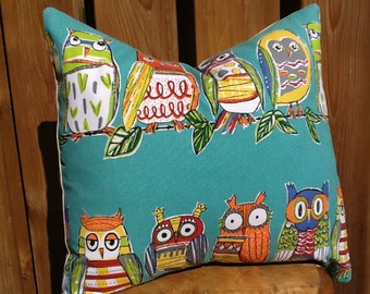 Colourful turquoise/teal colourful fun owl pattern pillow cover