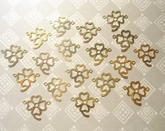 18 Goldplated 4 Leaf Clover Pendants Charms