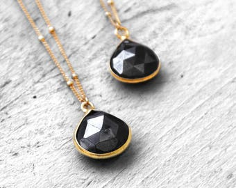 PYRITE PURE necklace with black-gray pyrite | gold