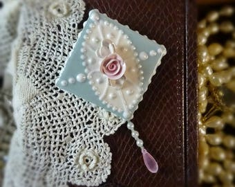 Brooch Cameo Lace Pin