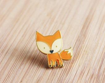 ANIMAL | Cute Fox Enamel Lapel Pin