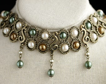 Vintage Choker Necklace. Bronze Choker. Pearl Necklace in Green, Brown, and White. Victorian Style Vintage Necklace.