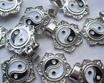 25mm Zinc Based Alloy Pendants, Yin Yang Silver Tone Black and White Rhinestone Enamel Charms, Pack of 3 Charms C06