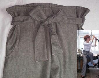 Broad pants / adjustable / comfortable / beige wool. 04616