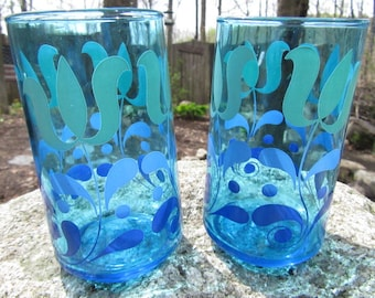 Vintage blue tumblers Fantastic condition